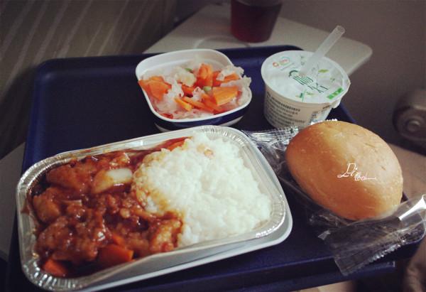 南航的飞机餐永远的这么难吃